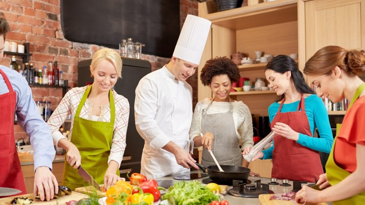 How to Find the Best Cooking School for You?